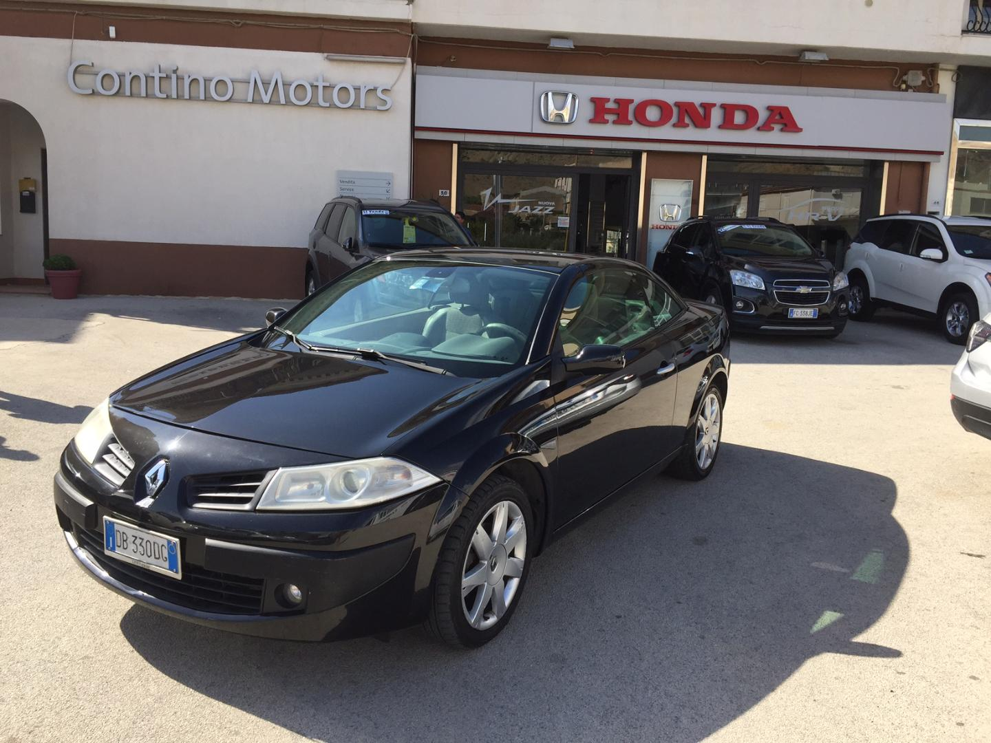 renault megane cabrio 1 9 dci diesel agrigento. Black Bedroom Furniture Sets. Home Design Ideas
