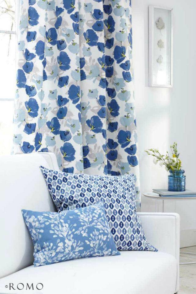 Tendaggi tende per interno tessuti romo a catania e for Cortinas azules para salon