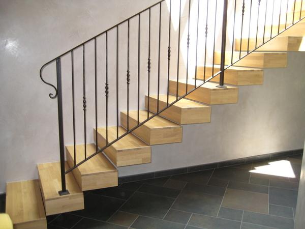 Rivestimento scala chiaramonte ragusa sicilia mobilificio casmene lamellare rovere massiccio - Rivestimento in legno per scale ...