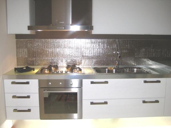 Cucina rovere laccato bianco chiaramonte ragusa sicilia - Cucina rovere bianco ...