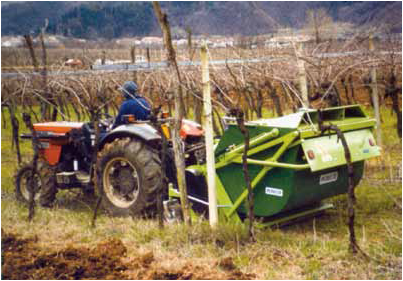 Trinciaerba e sarmenti con raccoglitore per triturazione e for Vetroresina ondulata prezzo