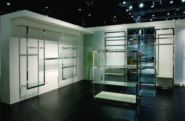Arredamento per negozio in acciaio inox furniture store in - Mobili palermo castelvetrano ...