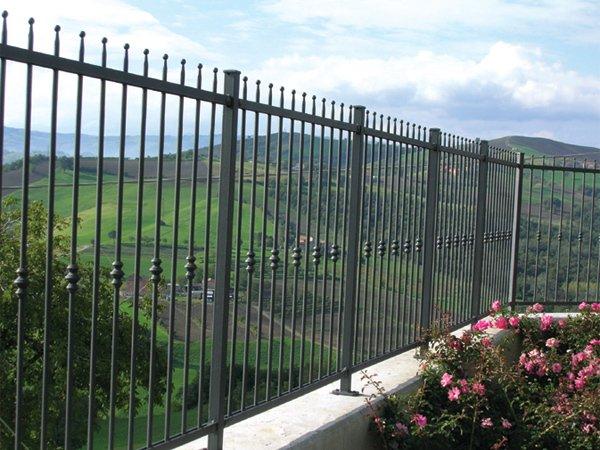 Conosciuto Ringhiere e recinzioni in ferro e ferro battuto - Alcamo (Trapani) MD41