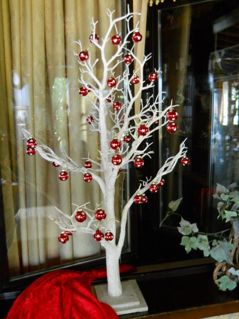 Palline vetro rosso x 20 dm 3 san michele di ganzaria for Lampadario palline vetro