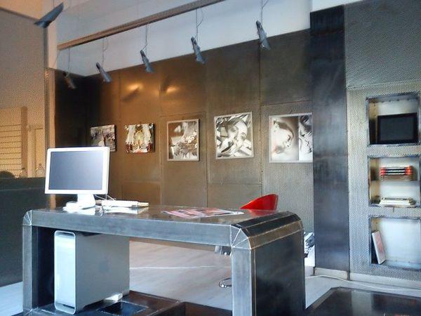 Arredo di design per negozi a catania metal projects catania for Arredo in catania
