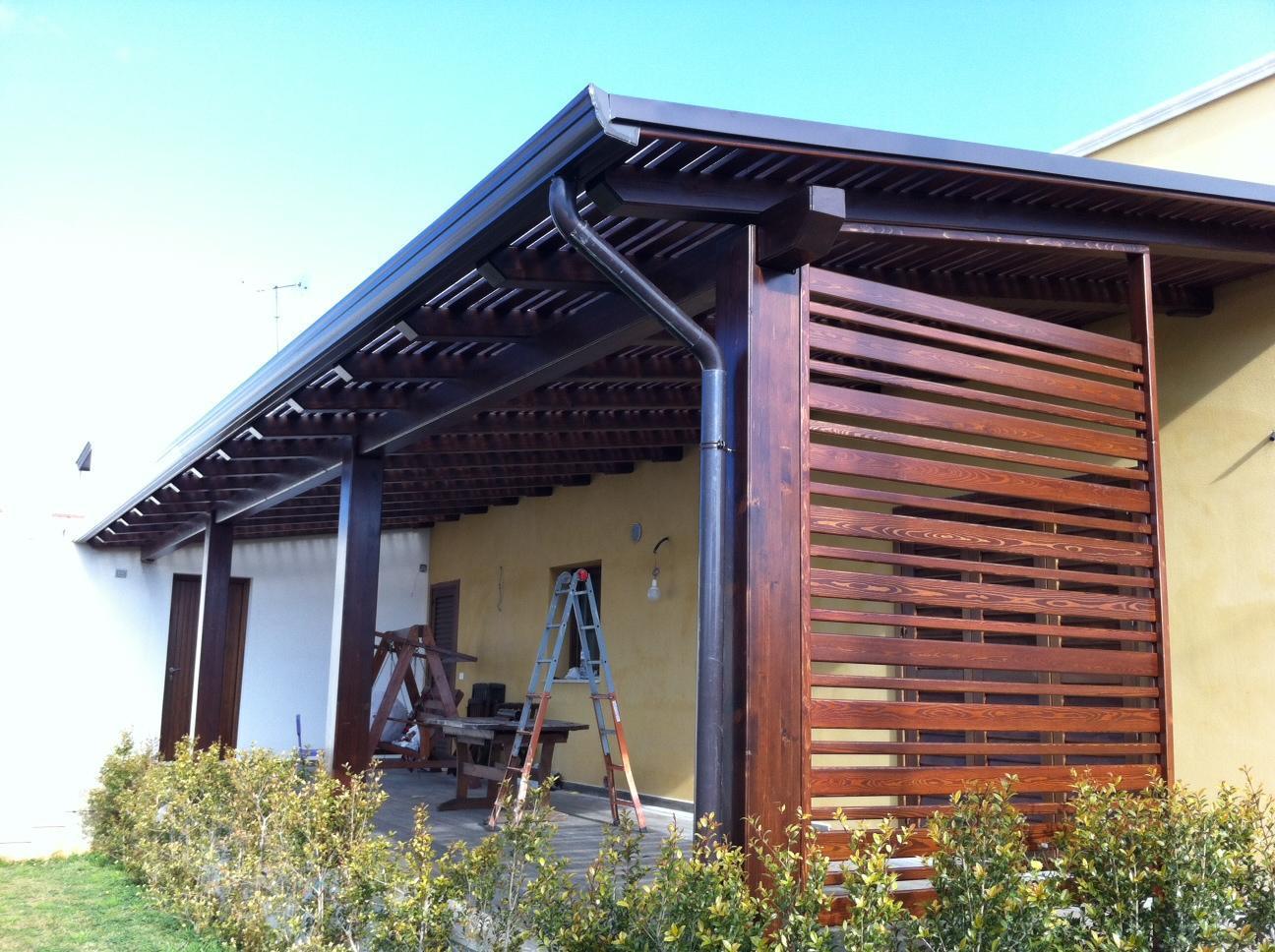Pergolati Con Tende : Pergolati in legno con tende da sole foto realizzazioni