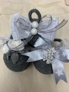 Set n° 3 Palle di Natale  arti e grafica in lana con fiocchi decorati