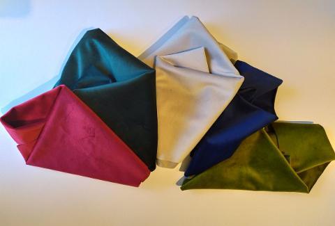 Tessuto Velluto stafil confezione h 140 x 30 cm 300 g/ m^2