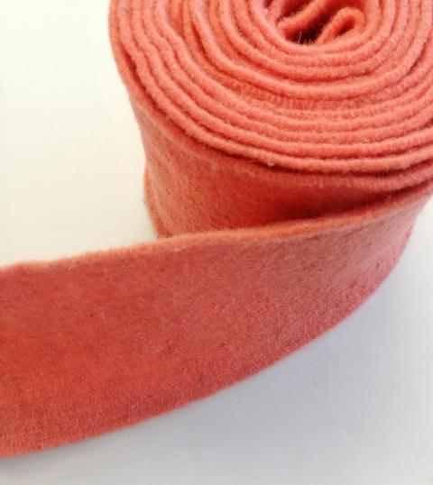 fascia di feltro in lana cotta di colore pesca stafil 15cm x 1 mt