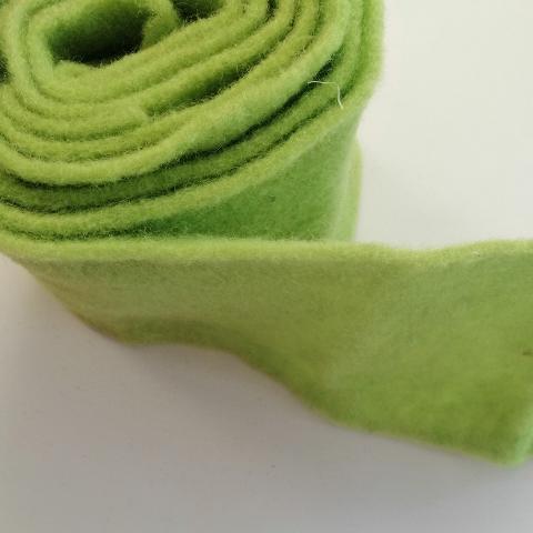 fascia di feltro in lana cotta  colore verde chiaro stafil 15cm x 1 mt