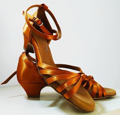 Scarpa bimba latino  - Lidya Dance  - 130 LD misura disponibile 35 t 3