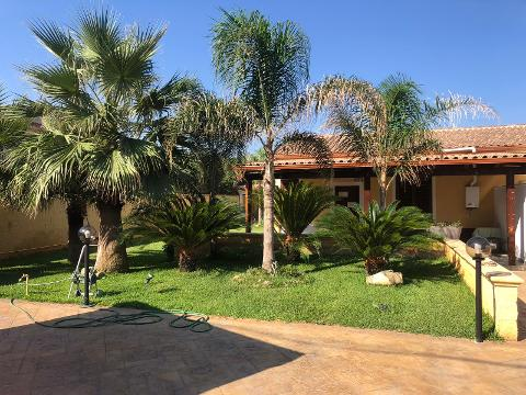Villa in Vendita a Capaci (Palermo)