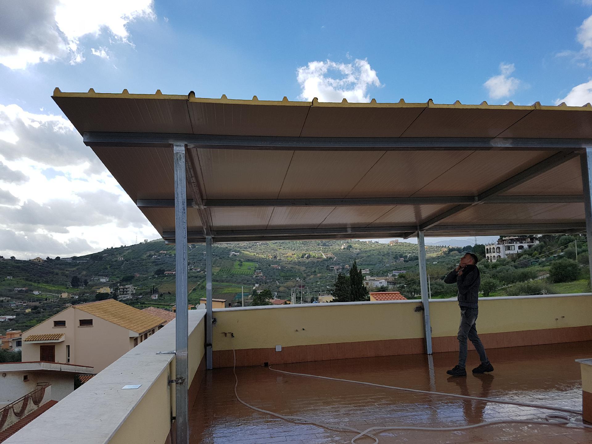 tettoie termo copertura struttura in ferro zincato ...