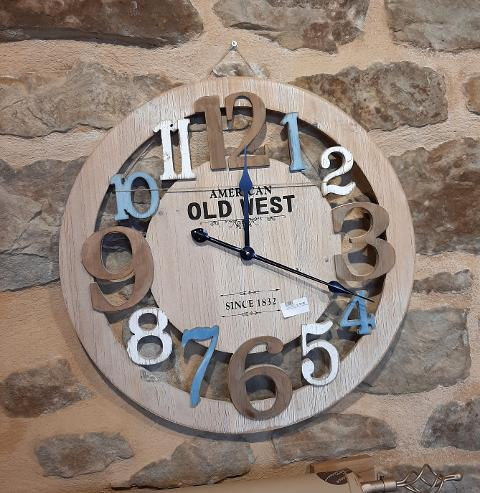 Orologio traforato  Lorenzon lift da parete