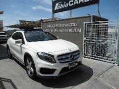 Mercedes-Benz GLA 220 D Automatic 4matic Premium Diesel