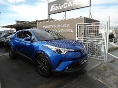 Toyota C-HR Lounge Elettrica / Benzina