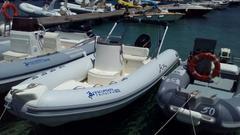 Noleggio Gommone a San Vito Lo Capo: ARIMAR 5,40 MT MERCURY 40/60 CV 4T MAX 6 PERSONE