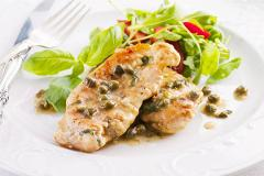 Scaloppine di manzo al vino bianco con contorno di patate al forno La Casetta Verde porzione da 300 gr. (.ca)
