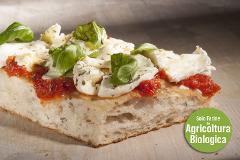 Pizza Margherita con farina BIO e mozzarella di primissima qualità