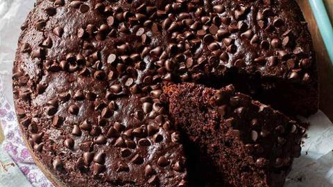 Torta di farro al cacao con crema di nocciole biologiche La Casetta Verde di .ca 1,100 gr.