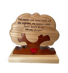 Albero della Famiglia singolo in legno con cuore e Dedica Personalizzata e Base Incisa