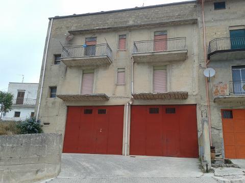 Palazzo / Edificio in Vendita a Chiusa Sclafani (Palermo)