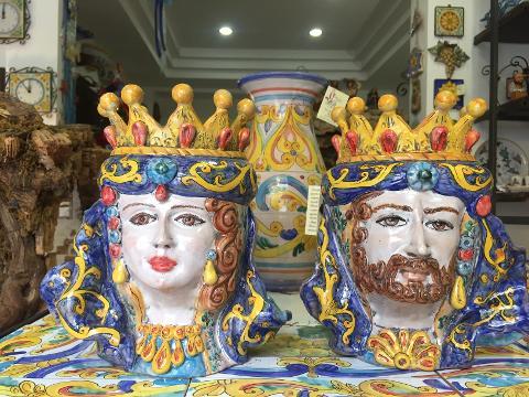 Teste Normanne medie con decori Laura Buzzetta ceramica arredo