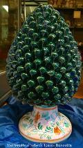 Pigna verde con base decorata altezza 50 cm Laura Buzzetta sicilia