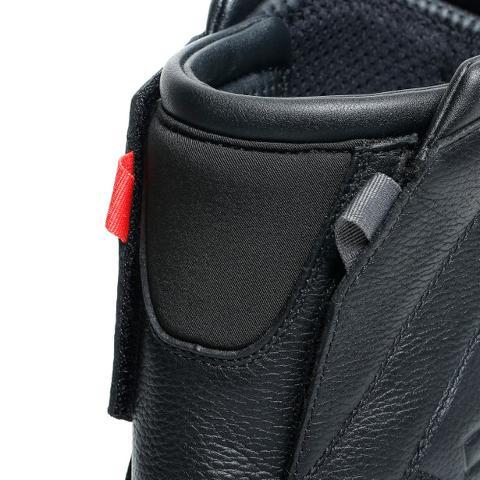 FULCRUM GT GORE-TEX BOOTS Dainese Stivali da road touring in pelle con membrana impermeabile in GORE TEX®