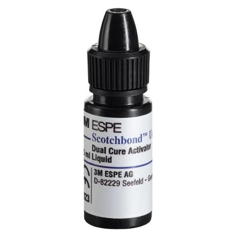SCOTCHBOND UNIVERSAL DCA - Flacone da 5 ml 3M ESPE Flacone da 5 ml