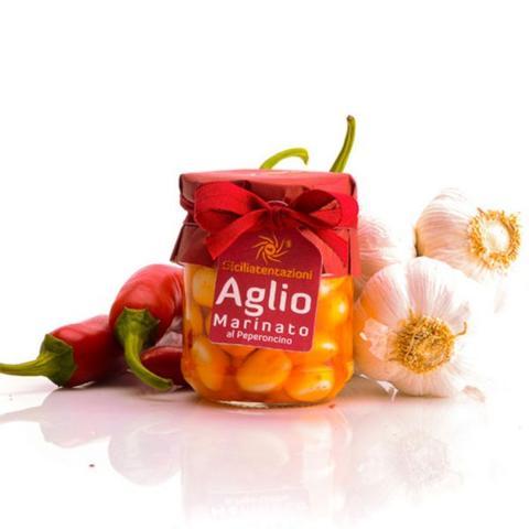 Aglio marinato al peperoncino SICILIA TENTAZIONI vasetto 180 gr