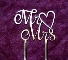 """Top Cake scritta """"Mr  Mrs"""" in Plexiglass Regplex Decorazione per Torta"""