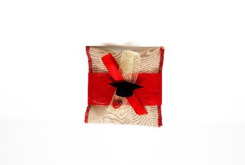 Cappello Laurea in Plexiglas in versione accessorio per Bomboniera Regplex Personalizzabile