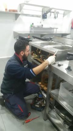 RIPARAZIONI friggitrici cucine professionali