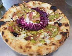 Pizza /  al radicchio /  Pizzeria Gran Vulcano