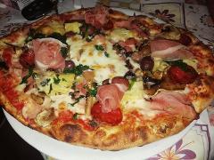 Pizza /  A Cannara /  A Cannara
