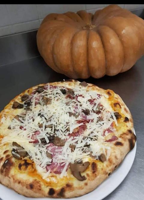 Pizza /  Gourmet /  Pizzeria Gran Vulcano
