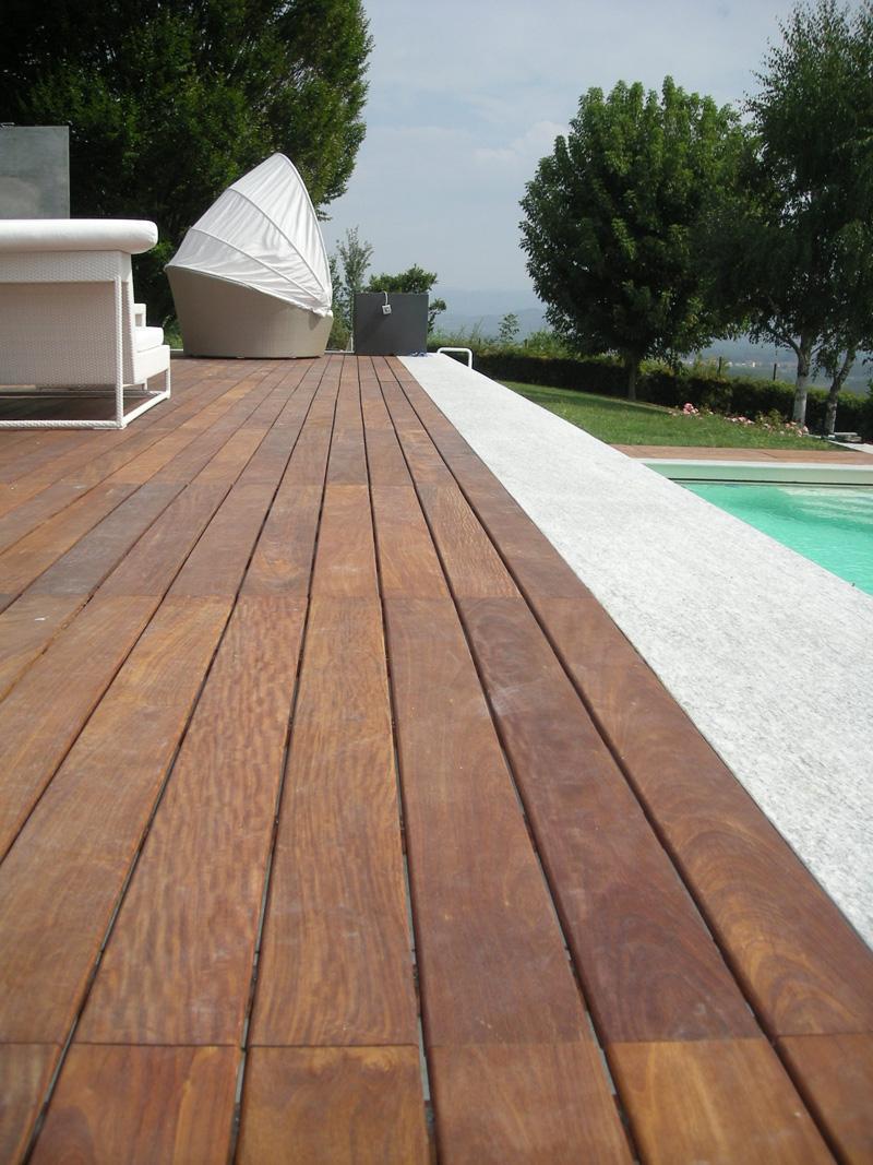 Parquet In Legno Duro parquet tradizionale legno massello per esterno bruno