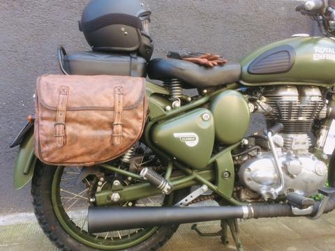 MOTO ROYAL ENFIELD  CLASSIC 500 ROYAL ENFIELD  Battle Green
