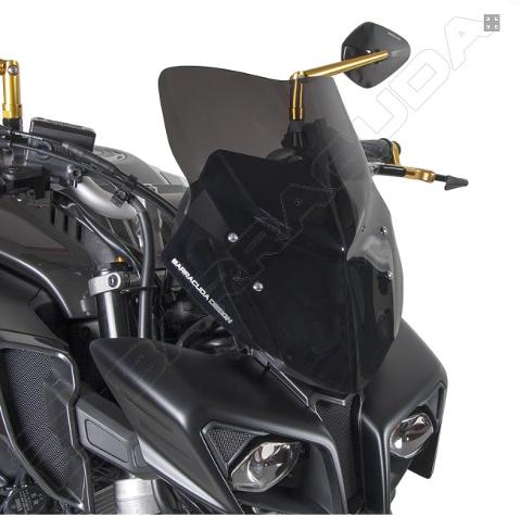 Cupolino Parabrezza Yamaha  MT 10 Barracuda Plexiglass semitrasparente colore fume' scuro