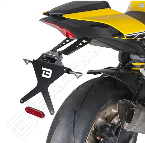 Kit Targa  Portatarga  Regolabile Yamaha R1 2015 - 2019 Barracuda Reclinabile Alluminio anodizzato nero con snodo in acciaio