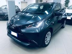Toyota Aygo Aygo 1.0 VVT-i 69 CV 5 porte x-play Benzina