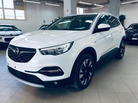 Opel Crossland X OPEL Benzina