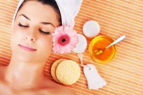 Corso di Ritual Massage Antigravitazionale Viso,Collo,Décolletè  - 5 Novembre 2018 Catania -