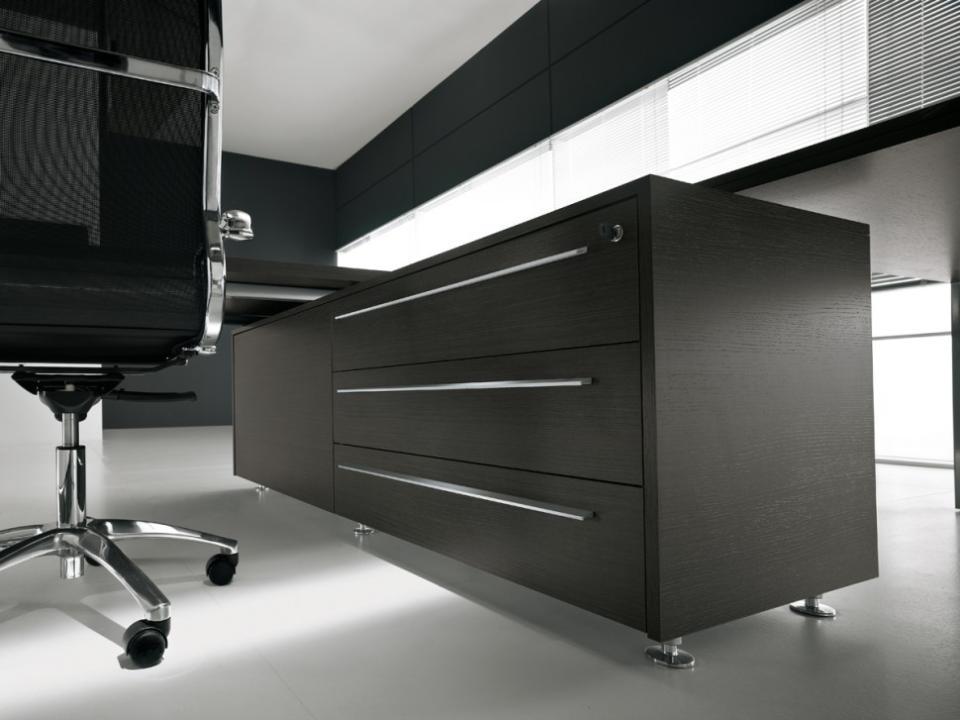 Arredamento uffici a catania samamobil allestimenti for Arredamento catania