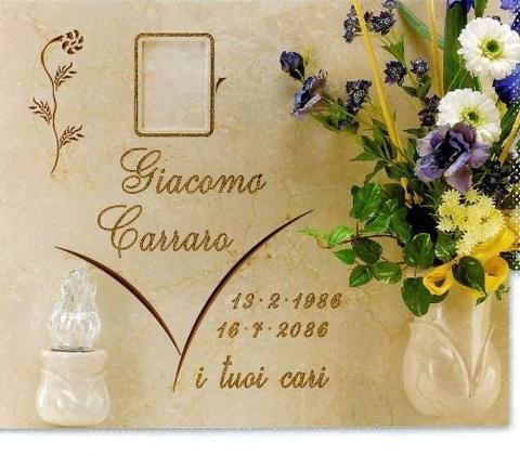 Iscrizione lapide cimiteriali Caltagirone