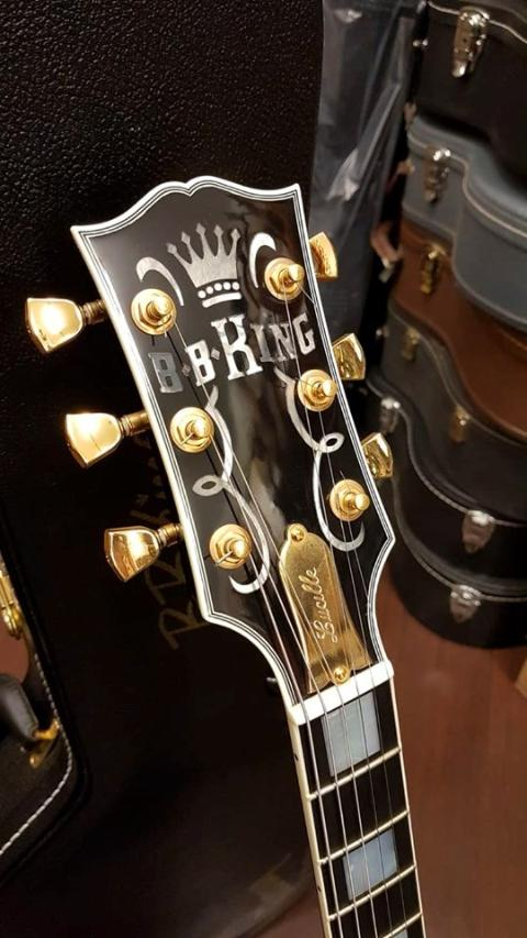 GIBSON BB KING LUCILLE BLACK 2013