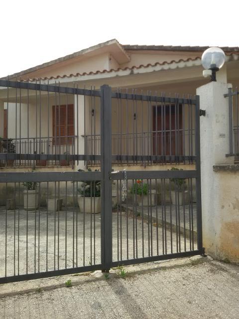 Villa in Affitto a Valderice (Trapani)