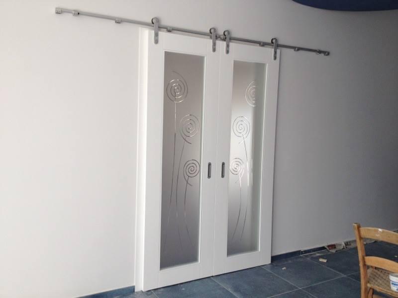 Porta laccata con binario esterno scorrevole caltagirone catania - Porte scorrevoli da esterno ...