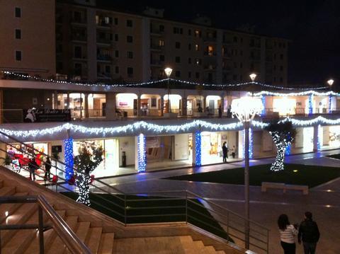Inaugurazione centro commerciale Levante